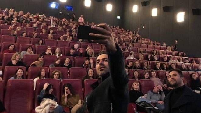 Il selfie di Argentero (Foto Concolino)