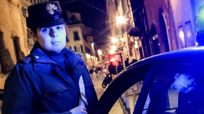 I carabinieri sono intervenuti per sedare la rissa scoppiata sull'autobus