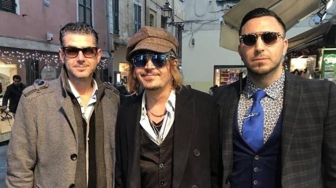 """Borgioli-Depp con le sue """"guardie del corpo""""  Foto di Silvia Iuliano,sanremonews"""