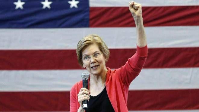 La senatrice dem Elizabeth Warren si candida alla Casa Bianca (Ansa)