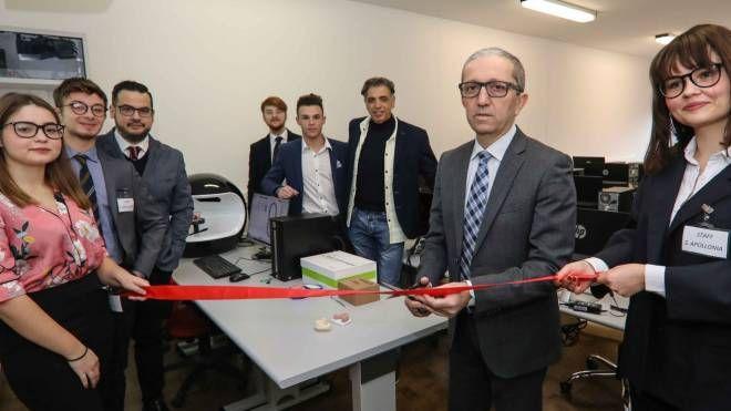 Grande festa al Fermi-Da Vinci per l'apertura del laboratorio didattico cad-cam
