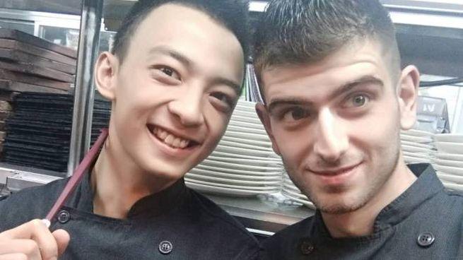yuri luzzo con collega di hong kong