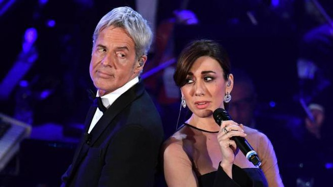 Claudio Baglioni e Virginia Raffaele (Ansa)