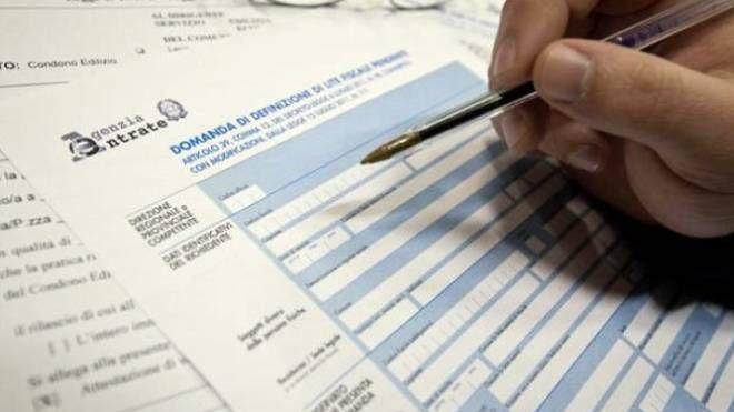 Dichiarazione fiscale (Canali.Newpress)