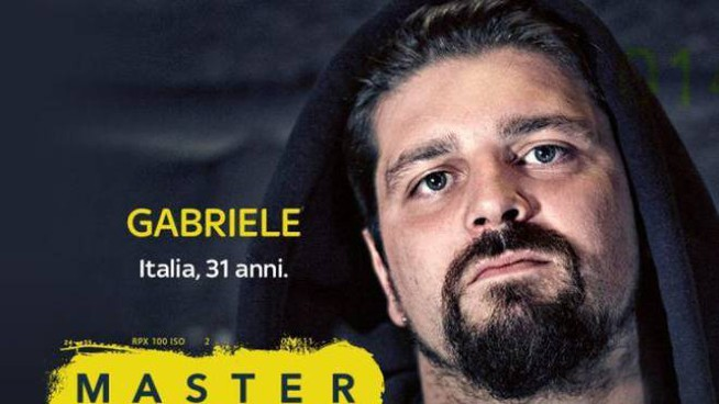 Gabriele Micalizzi, il fotografo italiano ferito in Siria (Ansa/Facebook)