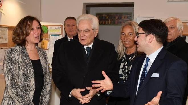 Il presidente Mattarella durante la visita all'Istituto degli Innocenti