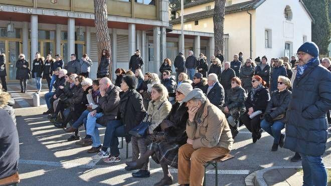 Conferenza davanti al presidio fisso a Campione d'Italia