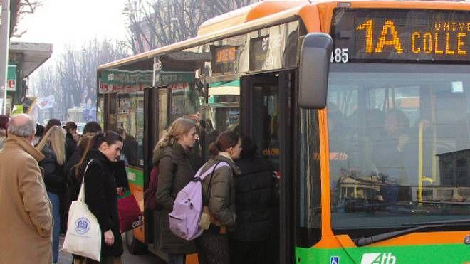 Un autobus della società bergamasca Atb, iscritta  ad Asstra