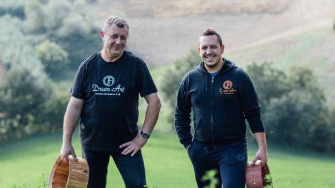 SUCCESSO Silvano Biancucci, a sinistra, e il figlio Alberto gestiscono l'azienda