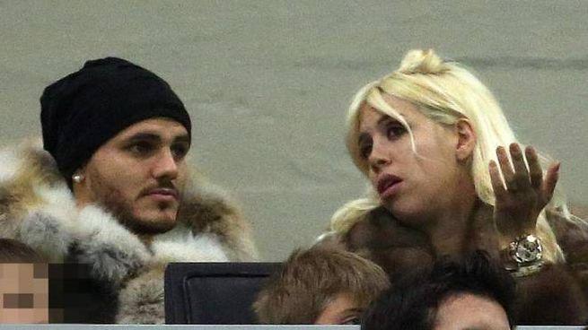Mauro Icardi e Wanda Nara allo stadio (Ansa)