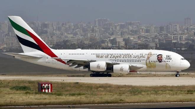 Airbus A380, il superjumbo più grande al mondo (Ansa)