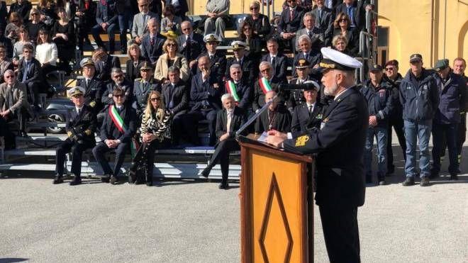 L'ammiraglio di squadra Paolo Treu, sottocapo di Stato Maggiore, al Varignano