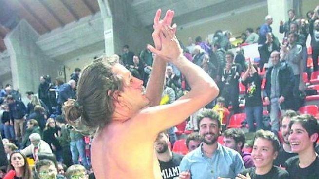 Gimbo trionfa nella sua Ancona