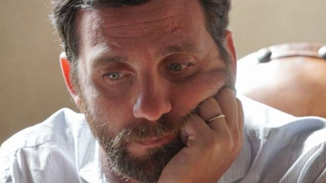 Alessandro Tomasi nel mirino dei sostenitori di don Massimo Biancalani
