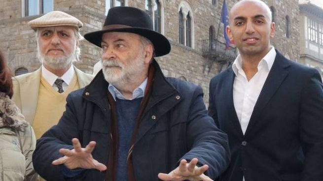 Gaetano Santonocito, Graziano Cioni e Mustafa Watte in piazza Signoria