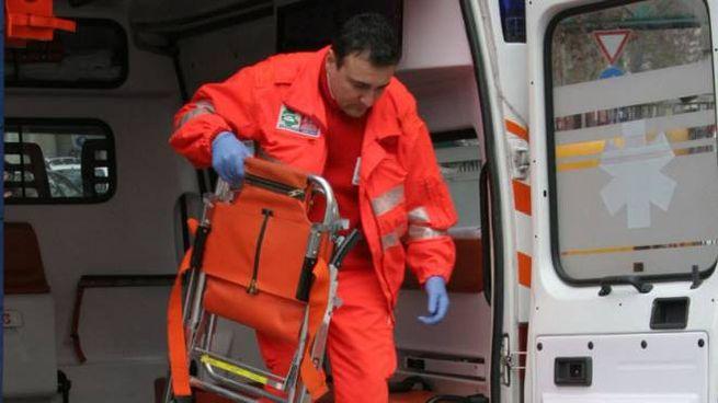 L'uomo è stato trasportato dal 118 al Pronto soccorso  poi trasferito a Perugia
