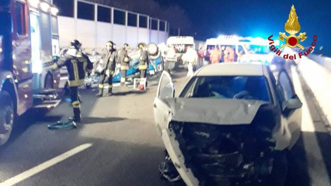 Incidente in A14 tra Loreto e Civitanova
