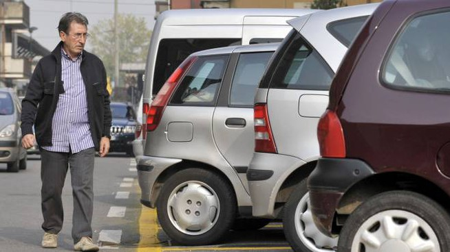 PIANO DELLA SOSTA L'amministrazione ha deciso di aumentare i parcheggi riservati ai residenti nelle vicinanze del metrò Marelli