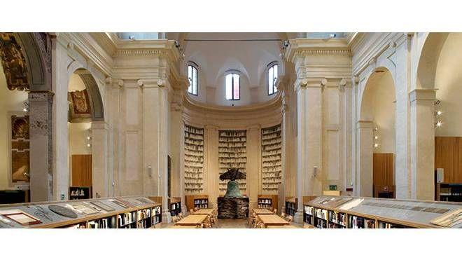 Gli archivi fotografici della Biblioteca di San Giorgio in Poggiale