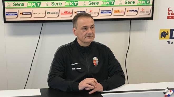 Il timoniere del Picchio Vincenzo Vivarini