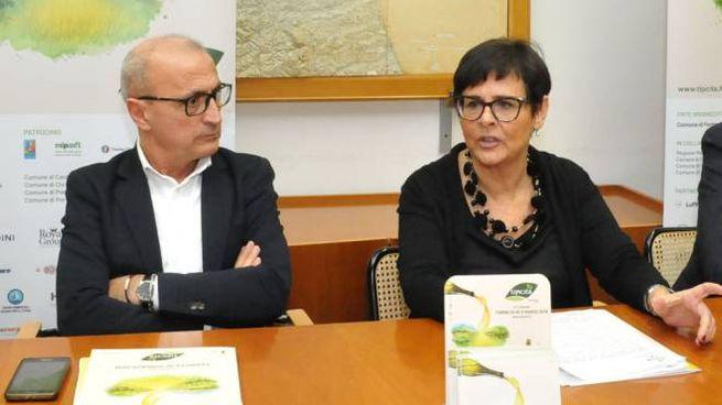 L'assessore regionale Fabrizio Cesetti  e la vicepresidente Anna Casini