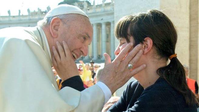 La giovane elbana con Papa Francesco
