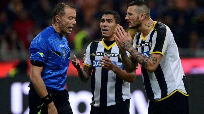 Milan-Udinese, bufera sull'arbitro Valeri  Pozzo: