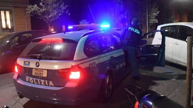 Bologna, tre persone trovate morte in casa. Polizia in via Dall'Arca (Schicchi)