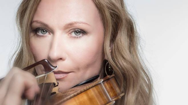 La violista russa Anna Serova
