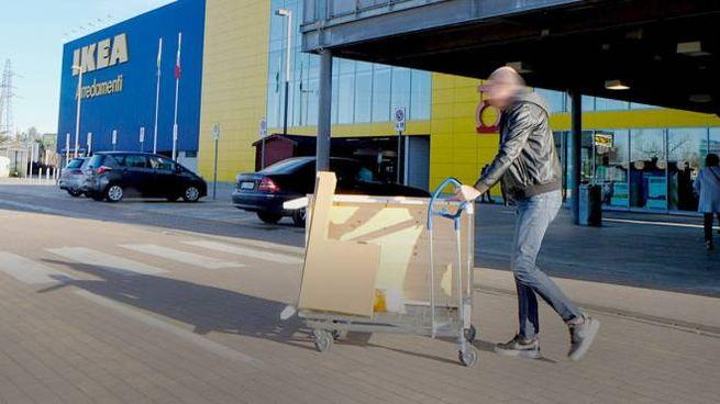 Furti E Truffe Ikea Licenzia 10 Dipendenti Cronaca Ilgiornoit