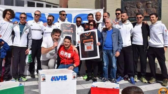 I donatori dell'Avis che organizzano la corsa podistica