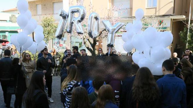 I funerali di Giuseppe Troisi