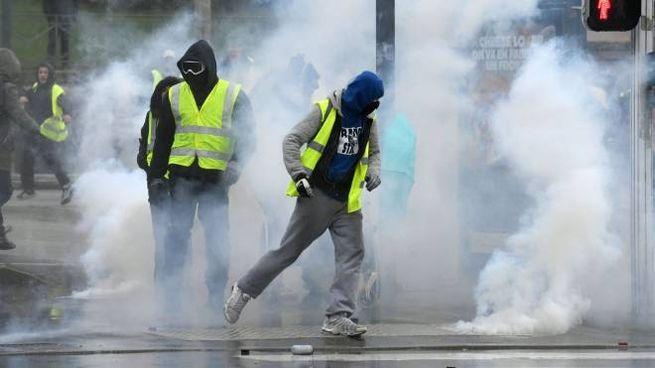 Gilet gialli, la protesta in una foto d'archivio (LaPresse)