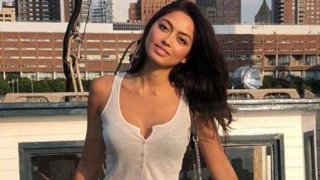 Ambra Battilana Gutierrez, italo-filippina di 26 anni