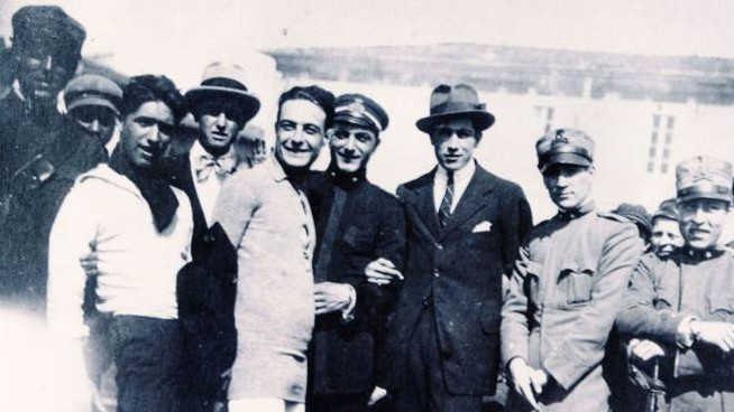 Federico Magrini, primo centravanti dell'Esperia, insieme a Giulio Giannessi e Paolo Guidi, primi portieri di Sporting Club Viareggio