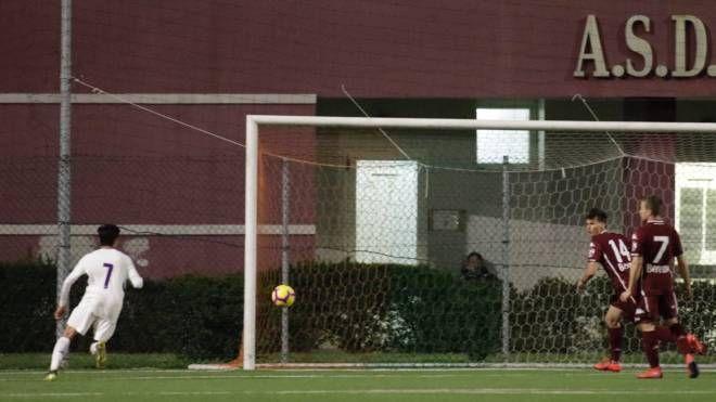 Fiorentina-Torino, il gol dell'1-0 di Montiel (foto LaPresse)
