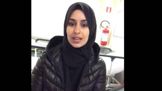 Fatima Zahra Lafram nel video sulla sua pagina Facebook