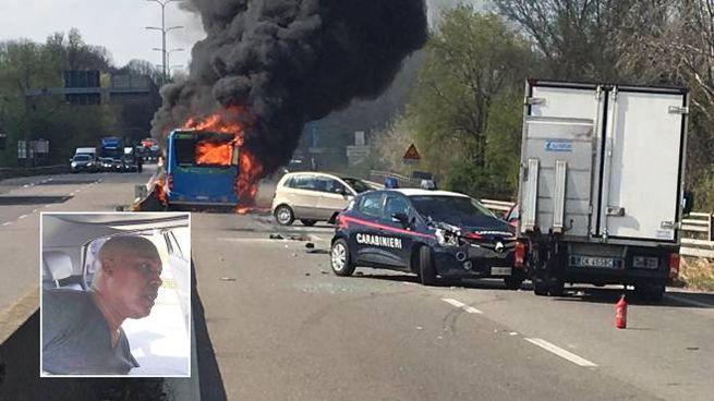 Sy e il bus incendiato sulla Paullese