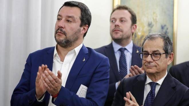 Matteo Salvini e Giovanni Tria (Ansa)