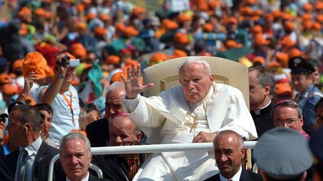 Papa Wojtyla ha fatto vista 12 volte al territorio marchigiano (foto Antic)
