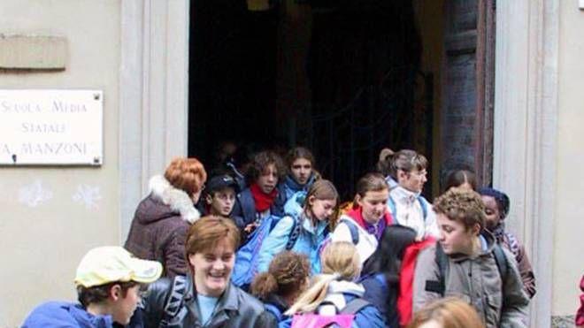 L'ingresso della scuola media