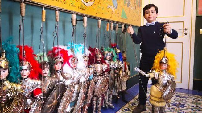 Il piccolo puparo siciliano Antonio Tancredi Cadili, 8 anni
