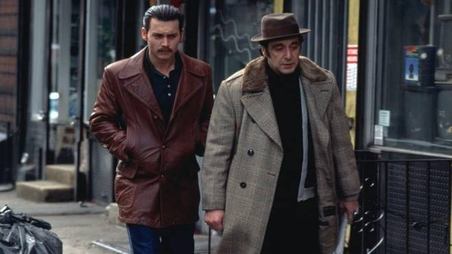 Johnny Depp e Al Pacino nel film Donnie Brasco