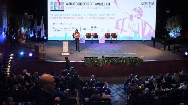 Il palco del World Congress of Families ospitato alla Gran Guardia a Verona (LaPresse)