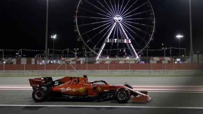 Vettel vola nelle libere in Bahrain (Ansa)