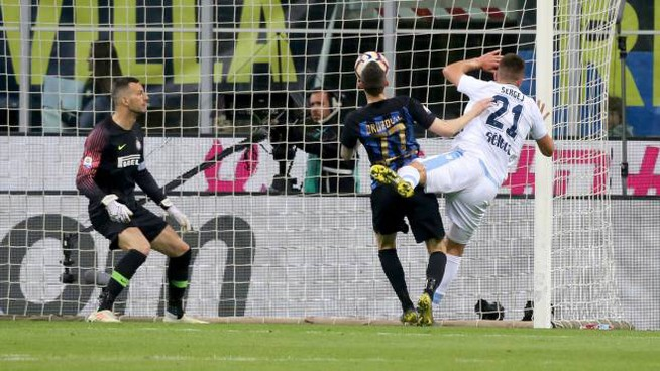 Inter-Lazio, il gol di Milinkovic-Savic (Newpress)