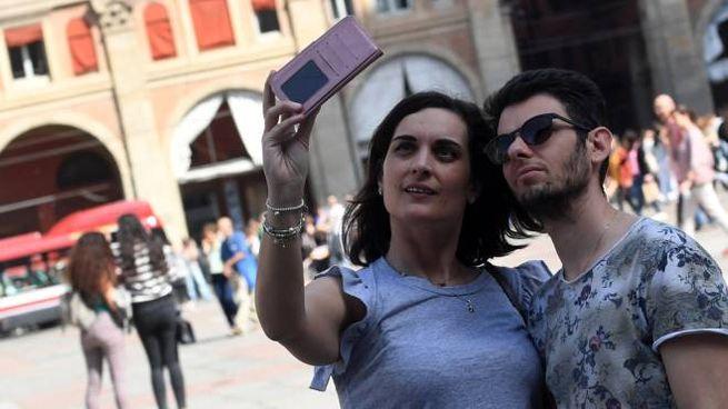 Booking Bologna, è giallo sulle norme della tassa di ...