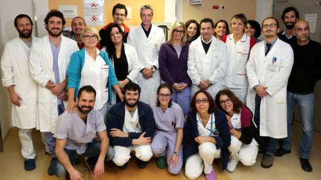Matteo Cescon, al centro, con la sua équipe