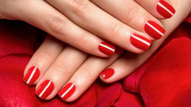 I consigli per una manicure perfetta fatta in casa
