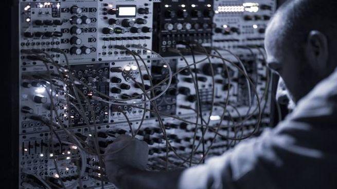 Un sintetizzatore